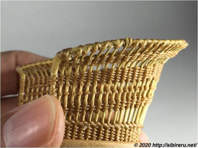 手編みミニチュアラタンチェア