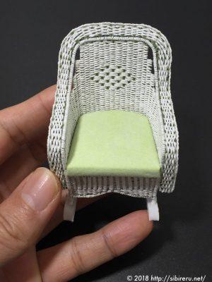 ミニチュア籐製ロッキングチェア