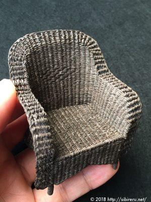 ミニチュア籐椅子完成品