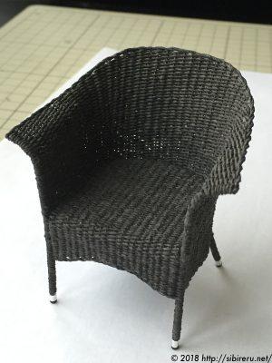 ミニチュア籐椅子全体1