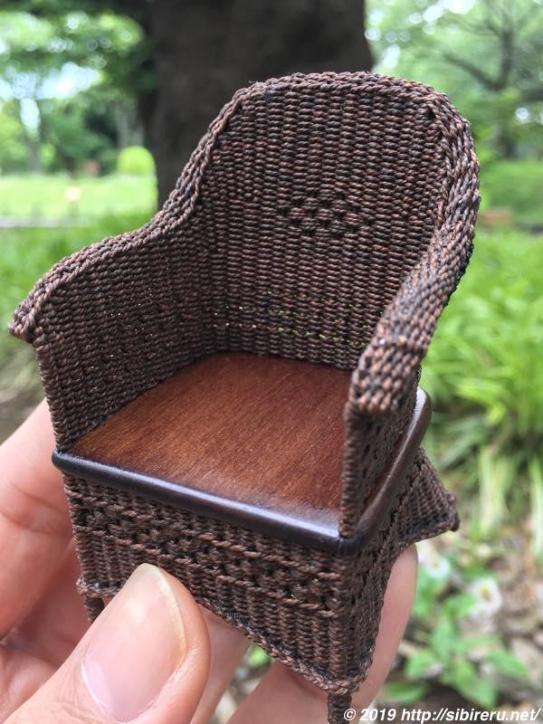 ミニチュア籐椅子新作